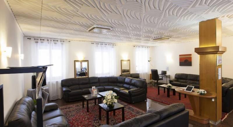 Hotel Cairo
