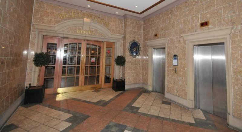 Macdonald Burlington Hotel