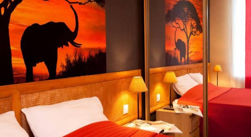 Anturage Hotel