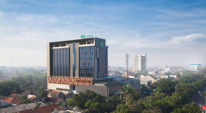 Ibis Styles Surabaya Jemursari