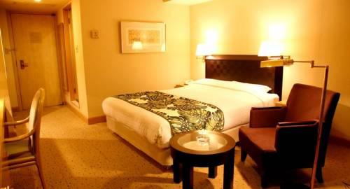 Breezbay Hotel Resort and Spa