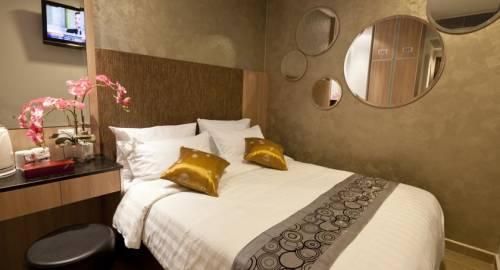 Fragrance Hotel - Riverside