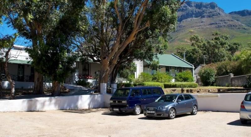 District Six Guesthouse