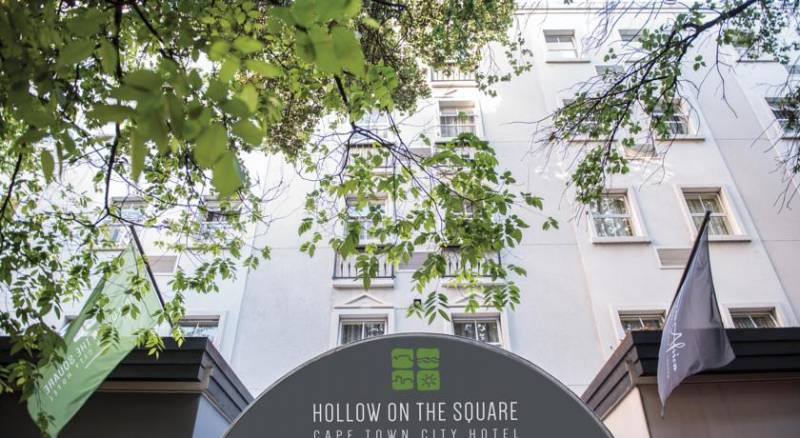 Hollow on the Square Hotel & Suites