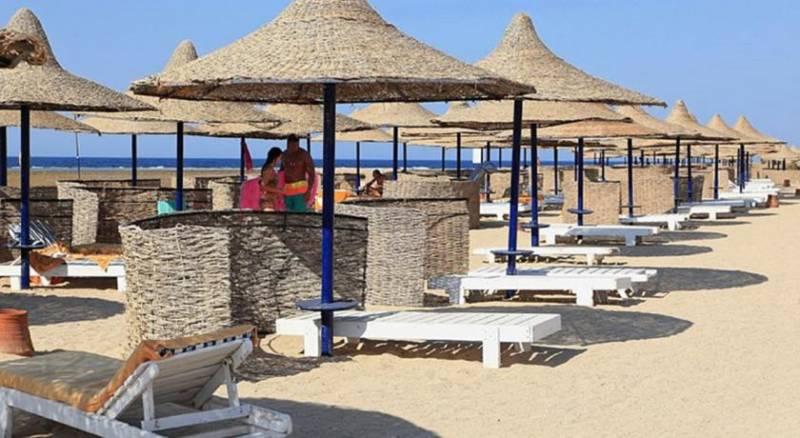 The Three Corners Pensée Beach Resort