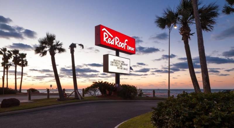 Red Roof Inn Galveston - Beachfront/Convention Ctr