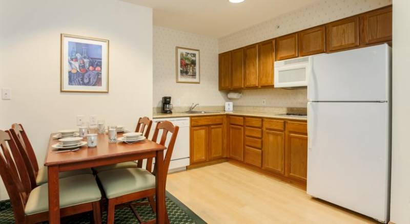Homewood Suites by Hilton Providence-Warwick