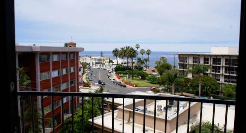 Inn by the Sea, at La Jolla
