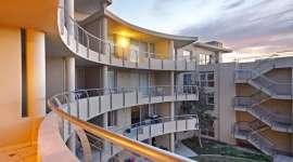 Lagoon Beach Apartment